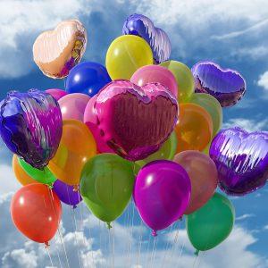 kleurige ballonnen, want de training bij wantdatklopt.nl is een feestje